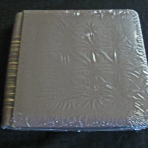 7x7  Album Tan with stripes on side New